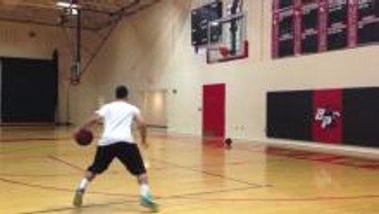 How To: SICK Stephen Curry Half Spin Crossover Move