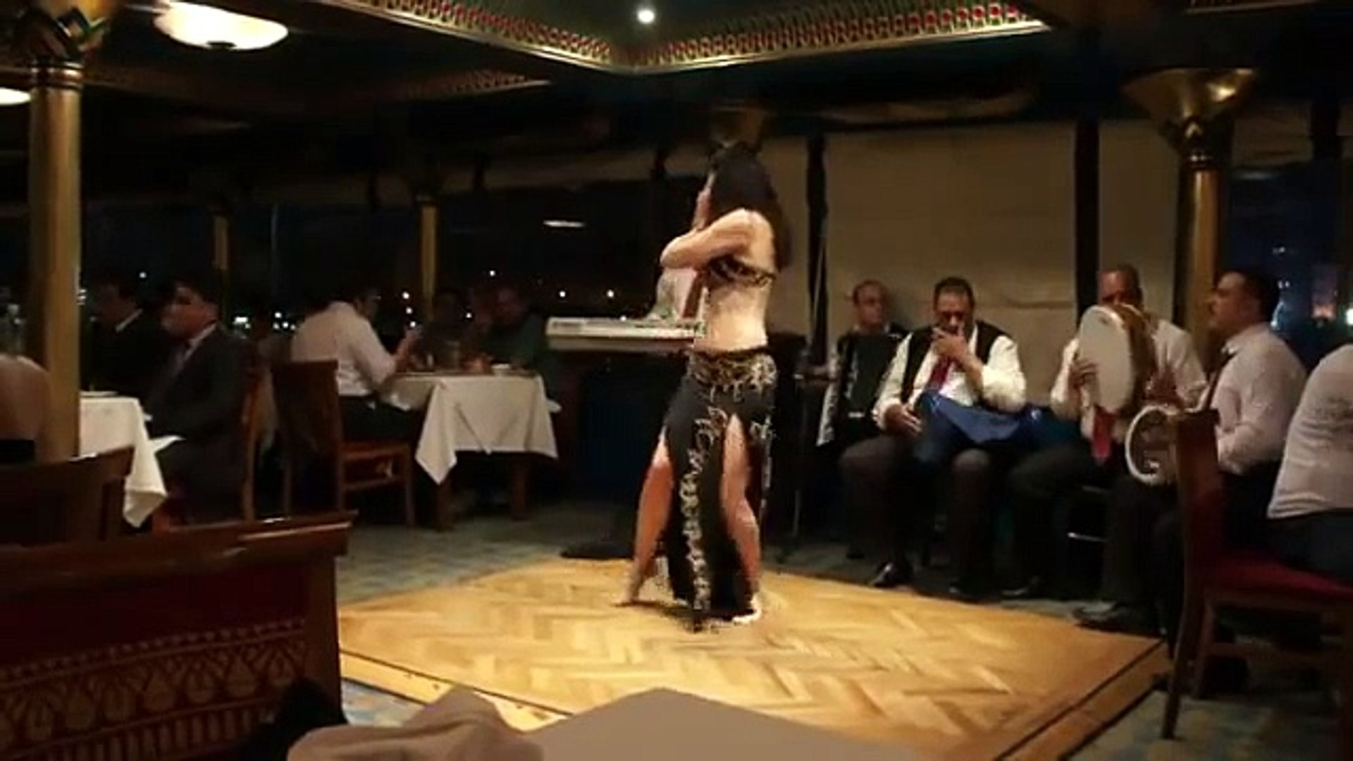Egypt, cradle of belly dance : 7