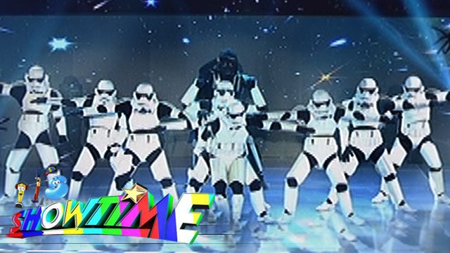 It's Showtime Halo Halloween: One Piece's Star Wars themed performance