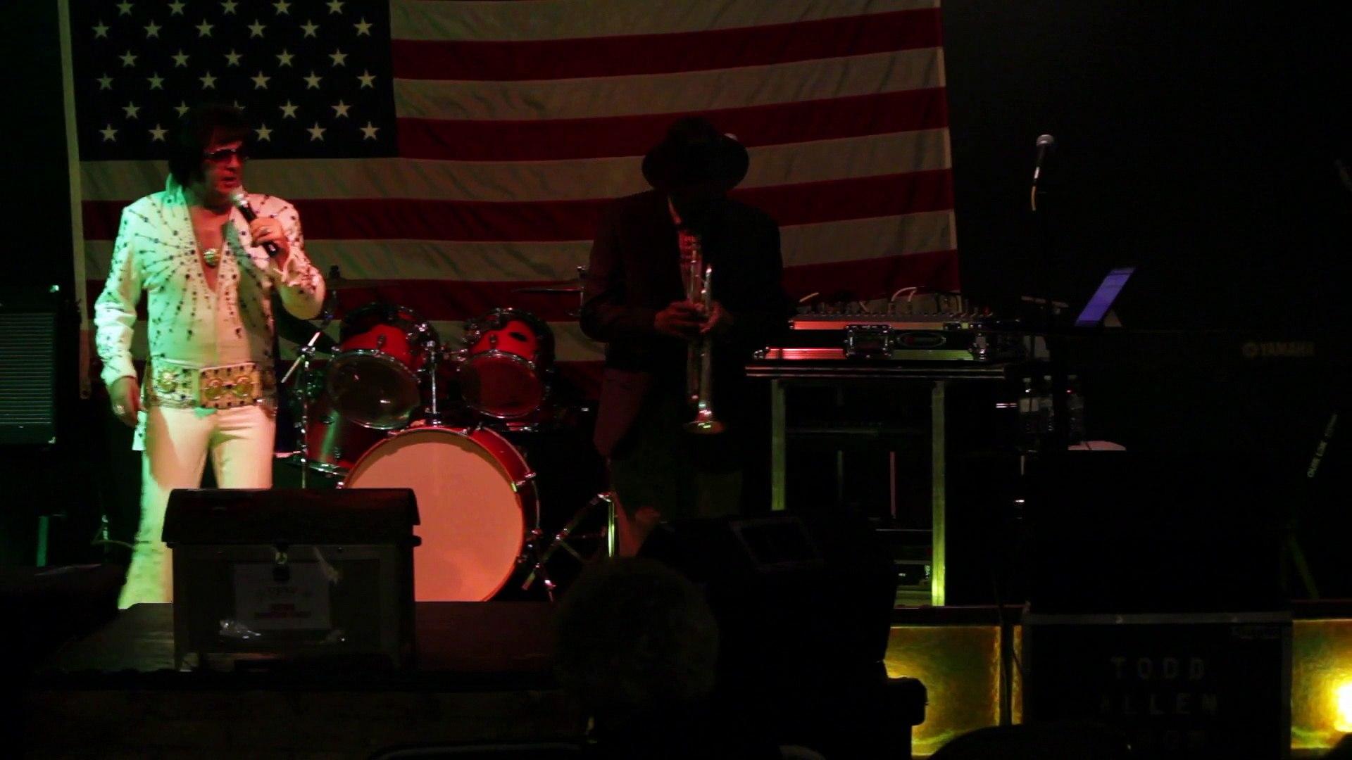 Robert Keefer and Ben Cauley perform 'Lawdy Miss Clawdy' Elvis Presley Memorial VFW 2015