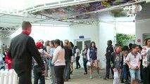 Romero Britto regala un mural a escuela de Brasil