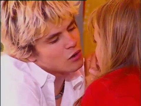 Mia y Manuel en Rebelde Way segunda temporada