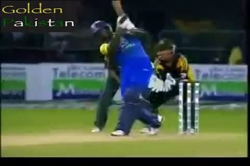 watch Best 5 Catches By Pakistani Team in cricket history