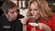 Michel Cymes et Adriana Karembeu goûtent le sperme de poisson