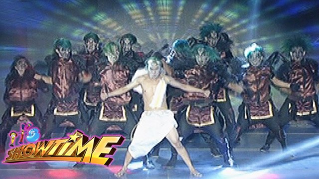 It's Showtime Halo Halloween: In The Name of the Guardians' performance