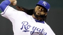 AP: Cueto Baffles Mets in Game 2