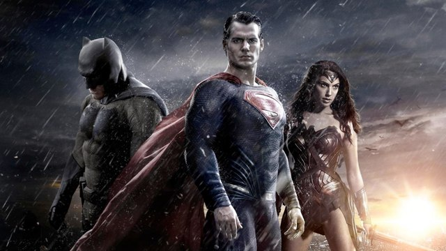 Tráiler en español 'Batman v Superman: El Amanecer de la Justicia'