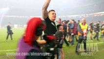 Rugby : Sonny Bill Williams donne sa médaille à un gamin plaqué par la sécurité