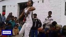 Aayega Maza Ab Barsaat Ka - Desi Girl Beautifiul Dance at Public Place - Beautiful HD Dance Video Song