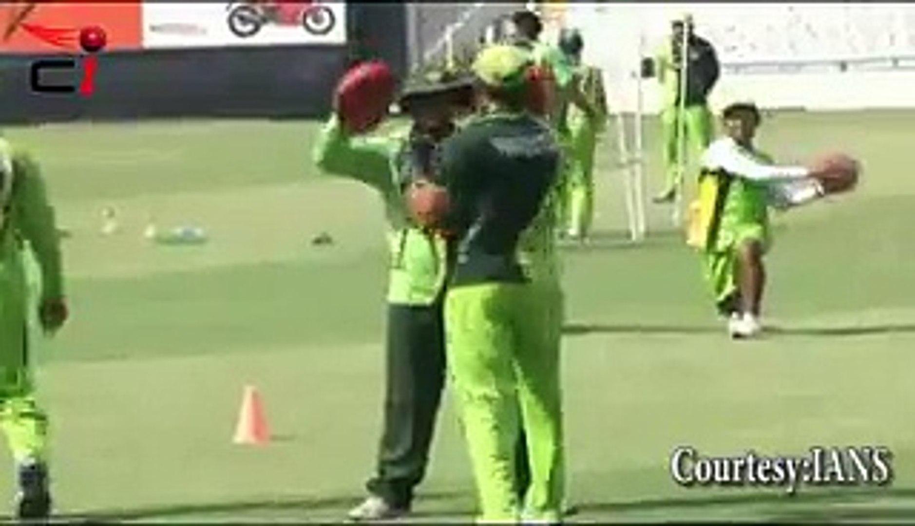 Umar Akmal's BOXING PRACTICE for India vs Pakistan Match