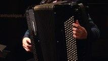 """Bach : Suite anglaise n°2 - """"Sarabande"""" transcrit pour l'accordéon interprété par Élodie Soulard I Le live de la matinale"""