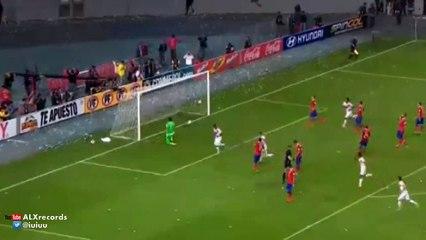 Peru vs Chile 2 4 GOLES y RESUMEN COMPLETO 14.10.2015