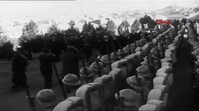 10 Kasım 1939 ... Atatürk'ün ölümünün birinci yıl dönümü