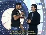 Shahrukh Khan talking to Shahid Afridi