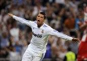 Những pha ghi bàn đẹp mắt của Phi Sơn (Cristiano Ronaldo Việt Nam)Cr7 Best skills 2015 King Kong Cr7 manchester united skills (1)