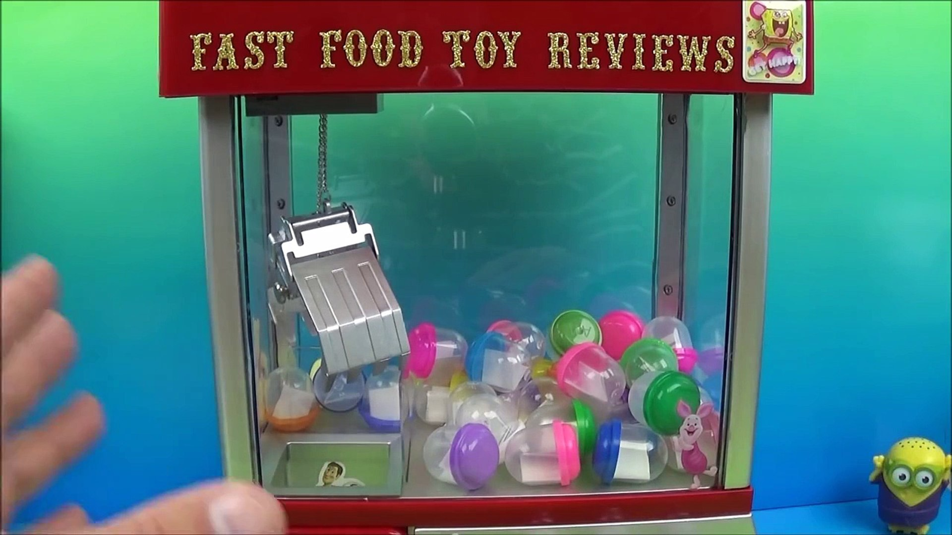 The Mystery Claw Machine By Fastfoodtoyreviews Dailymotion Video