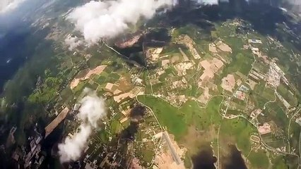 Tracking suit and wingsuit jump (POV wingsuit)