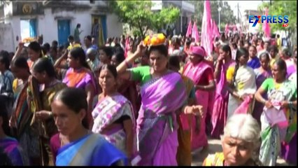 Arguments between all parties over Warangal By-Elections - Express TV