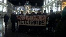 Amiens - De jeunes communistes entonnent le Chant des partisans