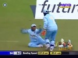 AB-de-Villiers-cheatingAleem-Dar-must-be-blind-India-v-South-Africa-3rd-ODI-at-Belfast