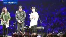 Justin Bieber says a prayer for Paris before LA concert