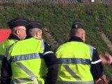 """Accident de TGV en Alsace: les recherches de corps se poursuivent, la cause """"inexpliquée"""""""