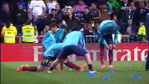 Warming up before the Real Madrid v FC Barcelona