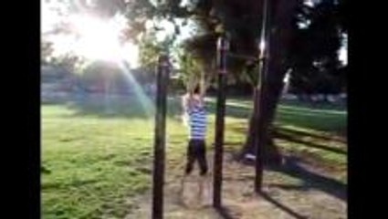 11 Year Old Girl Does 16 Chin Ups