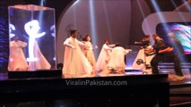 Urwa Hocane fall on stage while dancing at Lux Style Awards 2015 (EXCLUSIVE HD VIDEO)
