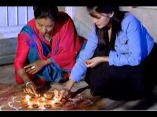 Aayau Hai Hami - Binup Sunuwar   New Nepali Tihar Song 2015