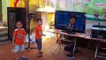 Bé 3 tuổi hát nhạc vàng cực đỉnh, chú Quang Lê cũng phải nổi da gà