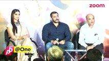 Salman Khan LOSES his cool at an event- Bollywood News