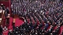 Le Président et le Parlement entonnent la Marseillaise  Vibrante Marseillaise entonnée à l'unisson par les parlementaire