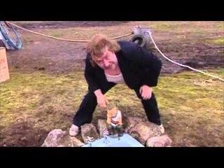 Grunge Garden | Rab C. Nesbitt | The Scottish Comedy Channel