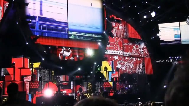 One Direction Midnight Memories (720p) Live at the IHeartRadio Festival 2014