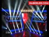 Ebru Gündeş'in Yorumuna Kızan Yarışmacı Sahneyi Terk Etti haberi   TIKLA İZLE
