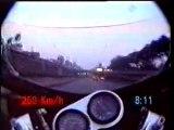 Un truc de fou moto peripherique 250km