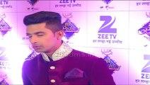 Ravi Dubey and Nia Sharma Dance Performance at Zee Rishtey Awards 2015