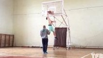 "5'9"" Kroha Incredible Dunk Under Both Legs"