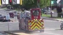 Camion de pompier avec 2 chauffeurs fait un virage impressionnant