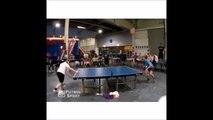 Head pong, un sport de dingue entre le foot et le ping pong