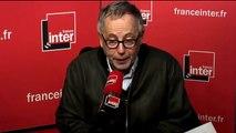 """Fabrice Luchini : """"Hollande fait de très bonnes blagues sur sa dépression personnelle"""""""