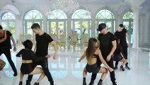 Wisin, Carlos Vives  ft. Daddy Yankee - Nota de Amor