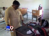 Gujarat Civic Polls - Gujarat Home Minister Rajni Patel Casts His Vote - Tv9 Gujarati