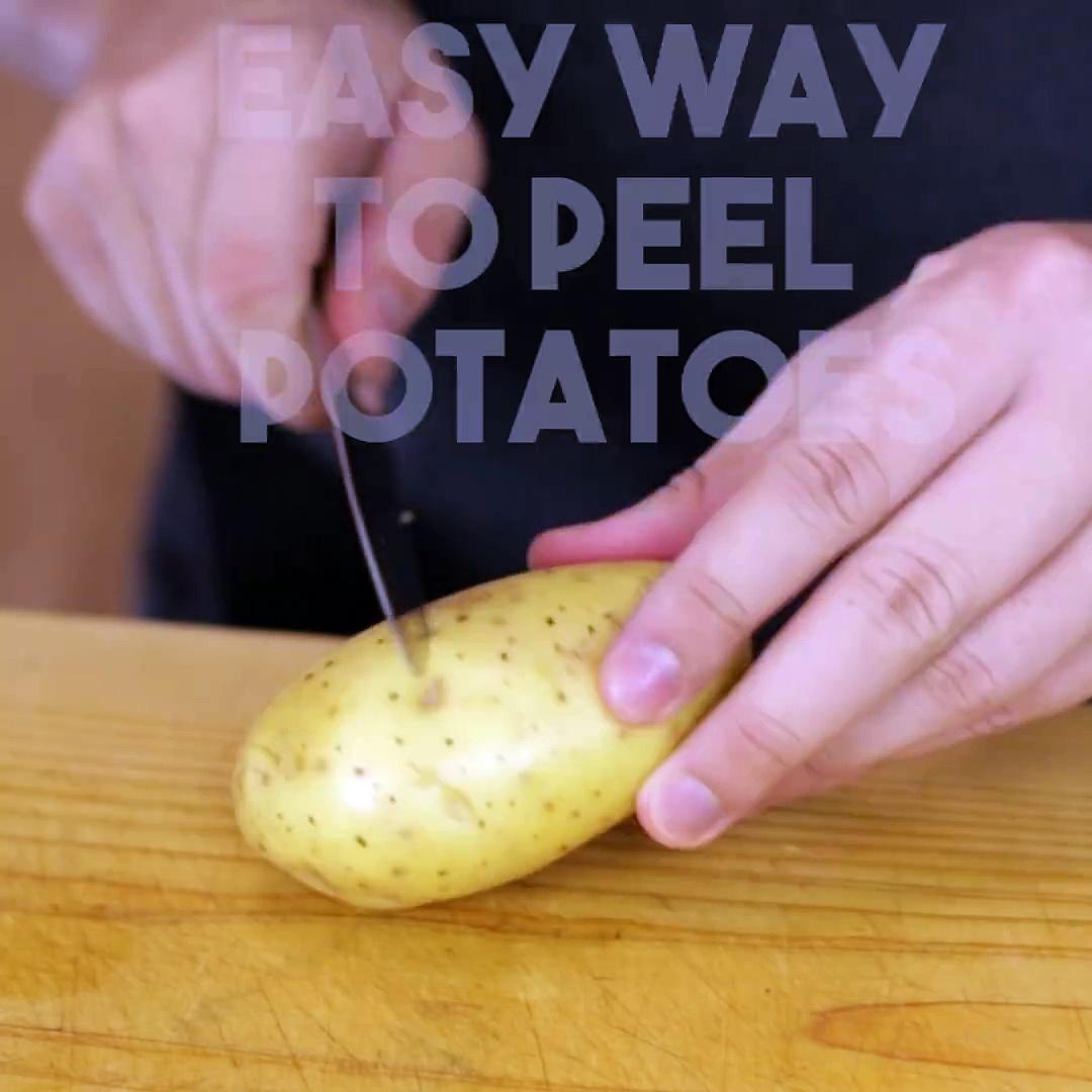 The Best Way To Peel Potatoes-10153712403149281