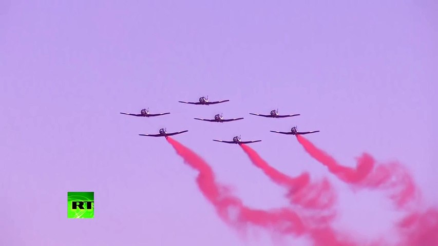 flying ace from china Pilots in Zhuhai Airshow planes jets fighter chinese air force 中國空軍王 | Godialy.com