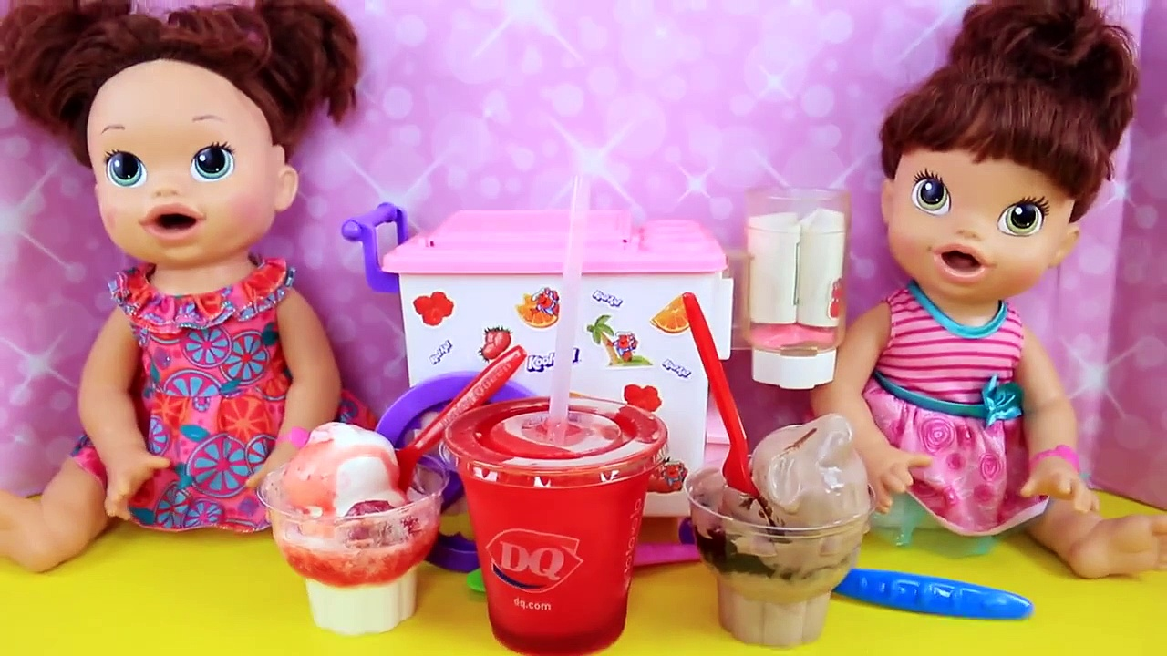 Baby Alive Stroller & Car Seat Travel System Lucy Doll Outing & Eating Baby Food + Diaper