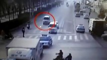 VIDEO BUZZ : Un accident de voiture en Chine agite le web