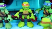 Teenage Mutant Ninja Turtles Turtle Robots and splinter fight Shredder foot clan Cyclops I