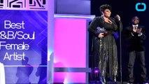 Jill Scott Receives Soul Train Awards' First Ever Lady of Soul Award